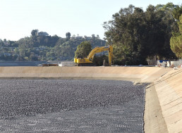 100 Millions Balls Help Conserve Water in California