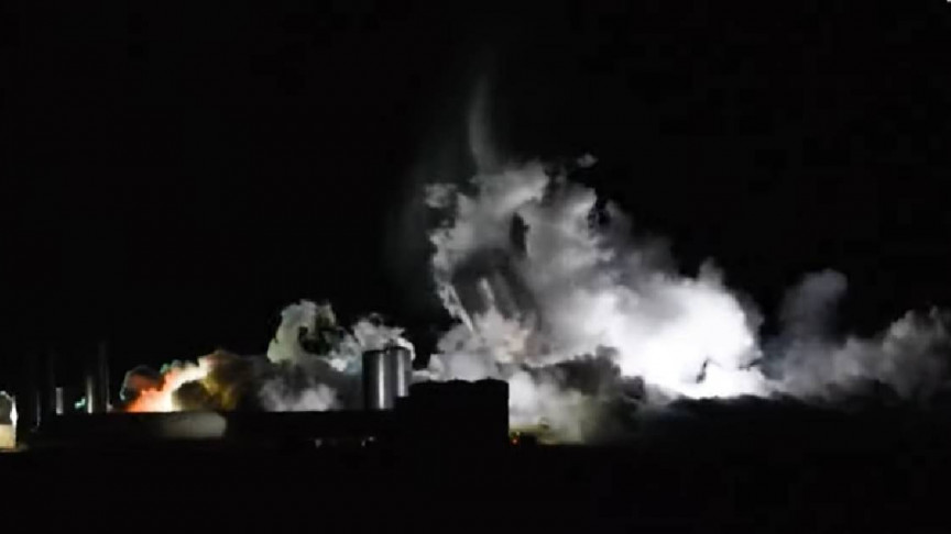 SpaceX's Starship Super-Rocket Destroyed During Pressure Test - Interesting Engineering