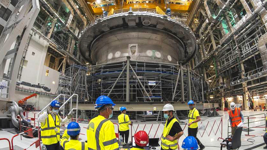 Image of article '1,250 Ton Base of the Cryostat Installed, Fusion Reactor Reaches Major Milestone'