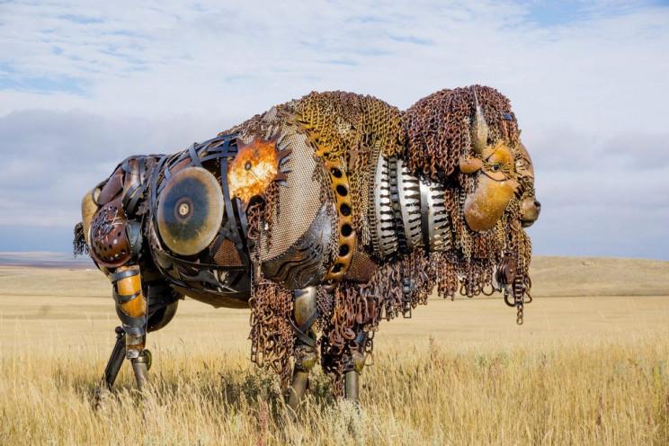metal sculptures buffalo