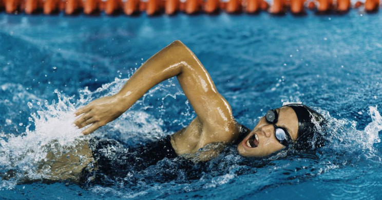 How Do Swim Suits Help Improve a Swimmer's Performance?