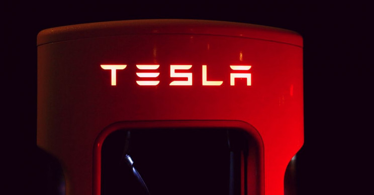 Tesla's New Battery Cell Patent 'Way More Important Than It Sounds' says Elon Musk