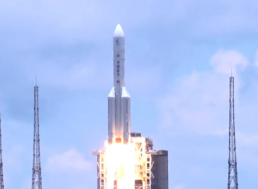 China May Use Existing Rocket to Speed Up Moon Landing