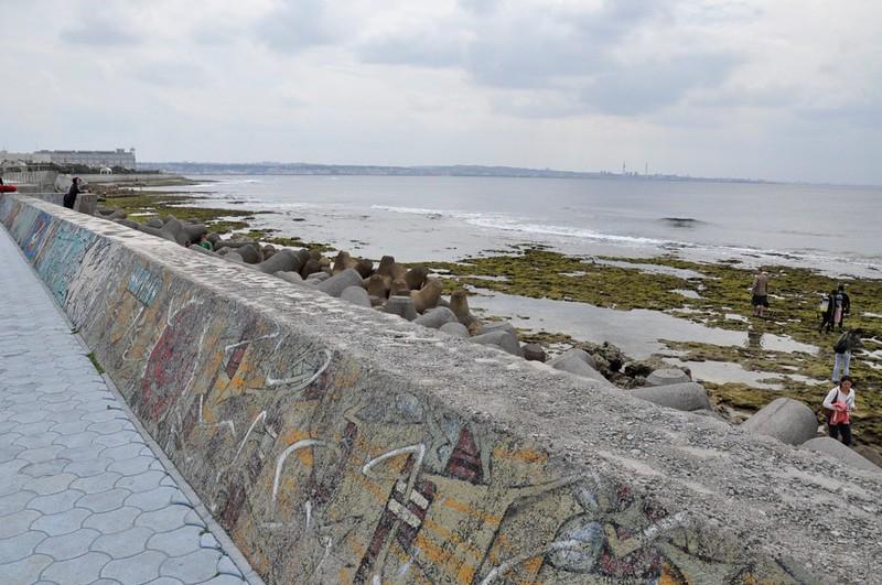 japan sea walls okinawa
