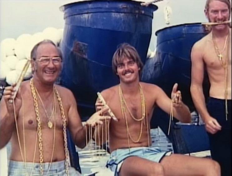 Mel Fisher (left) and divers