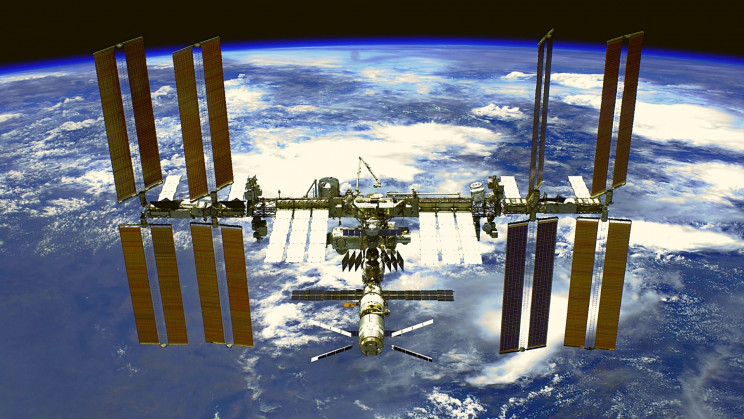 NASA Astronauts Will 'Fuel' Plants on Mars With Space Station-Born Bacteria
