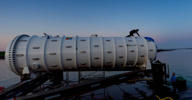 Microsoft Tests a Renewable Energy-Powered Data Center at the Bottom of the Ocean