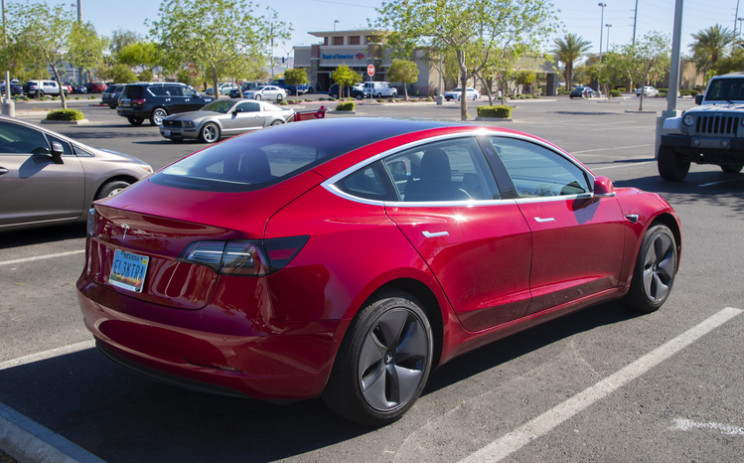 """Is """"Range Anxiety"""" Keeping You From Buying an All-Electric Vehicle?"""