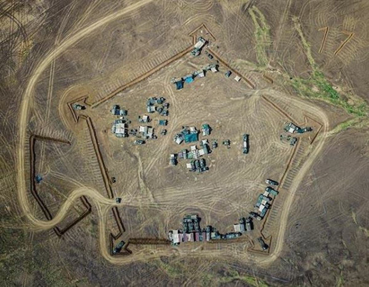 French Army Revives Medieval Star Fort Patterns in North Africa