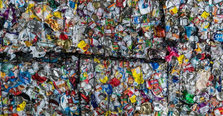 Cambodia Sending 1,600 Tonnes of Plastic Waste Back to U.S. and Canada