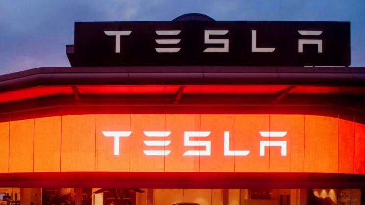 Tesla Wanted $16,000 for a Simple $700 Model 3 Repair