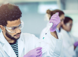 Learn How These Engineers Carved out Successful Careers in Chemical Engineering
