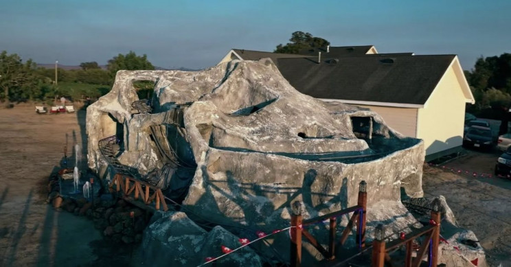Architecture Student Builds Giant Backyard Rollercoaster During Quarantine