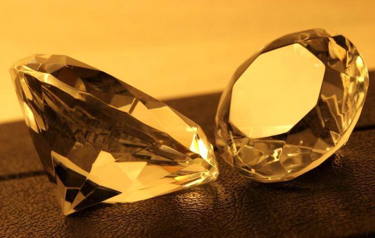 engineering controversy diamonds