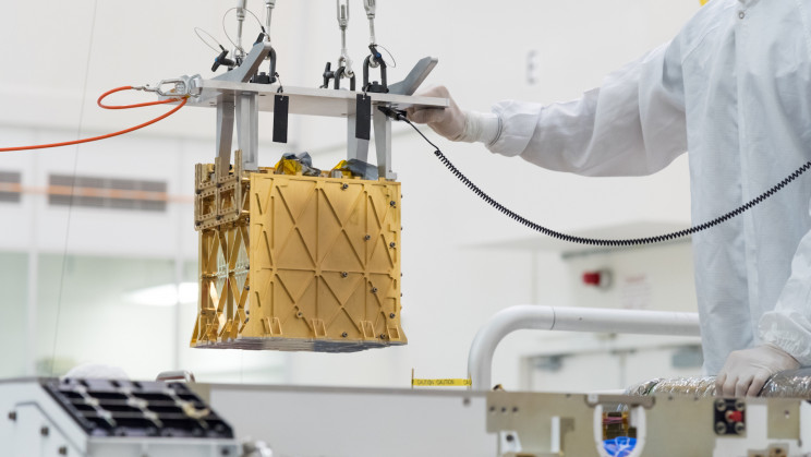NASA Instrument to Extract Oxygen from Martian Atmosphere