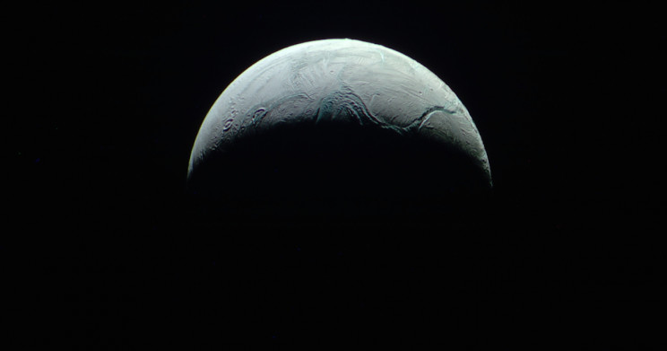 Scientists Find Building Blocks of Life on Saturn's Moon Enceladus