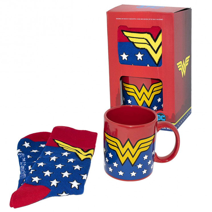 Wonder-woman-mug-and-socks