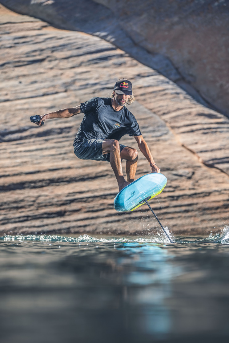 Feel the Thrill of Flying and Surfing With Lift Foils' LIFT3 eFoil