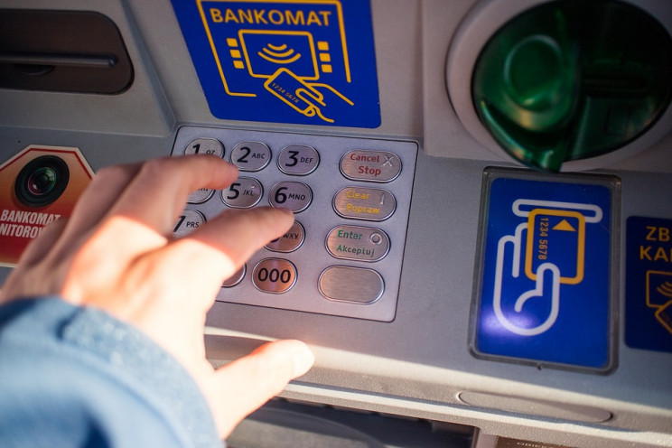 How Do Automated Teller Machines Work?
