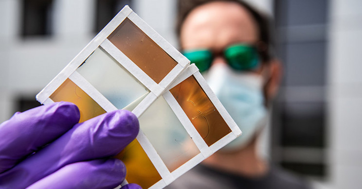 'Smart Windows' Darken to Cool, Become Solar Panels When Hot