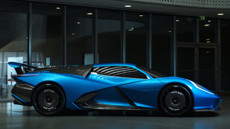 A New Electric Hypercar Has a 323-Mile Range and Over 2000 Horsepower