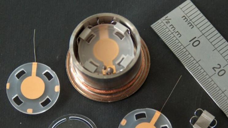 Novel Quartz Laden Dark Matter Detector Records Never-Before-Seen Signals