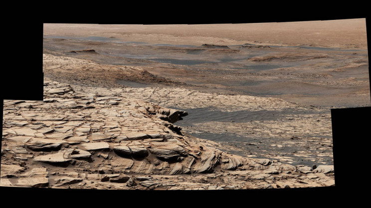 Curiosity Rover Begins Summer Road Trip to Avoid Sinking Sand