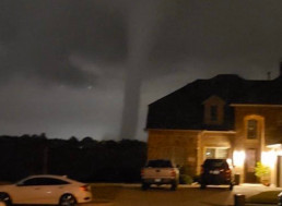 Tornado Hits Dallas on Sunday, Leaving 95,000 Homes without Power