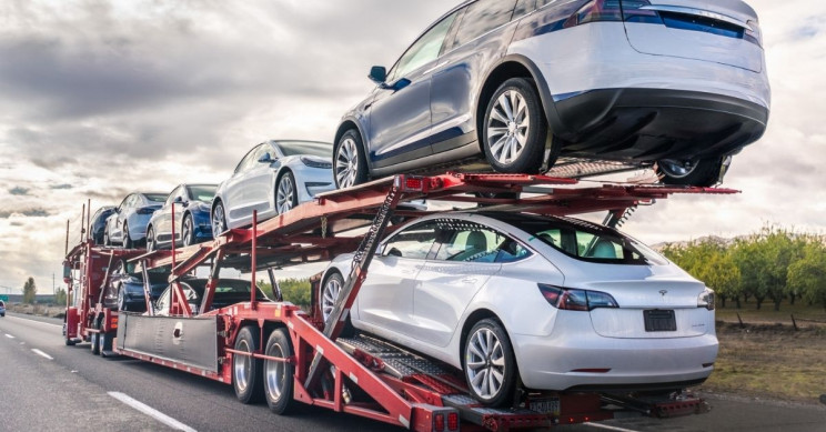 Tesla Recalls 9.5K Cars for Steering Issues, Detaching Roofs
