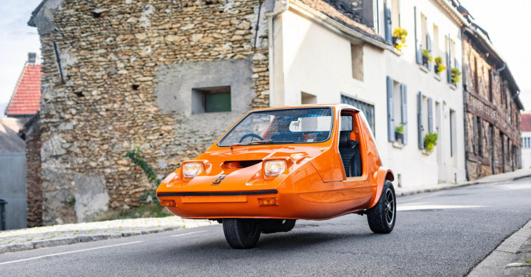 1973 Three-Wheeler Bond Bug with Yamaha R1 Engine Is up for Auction