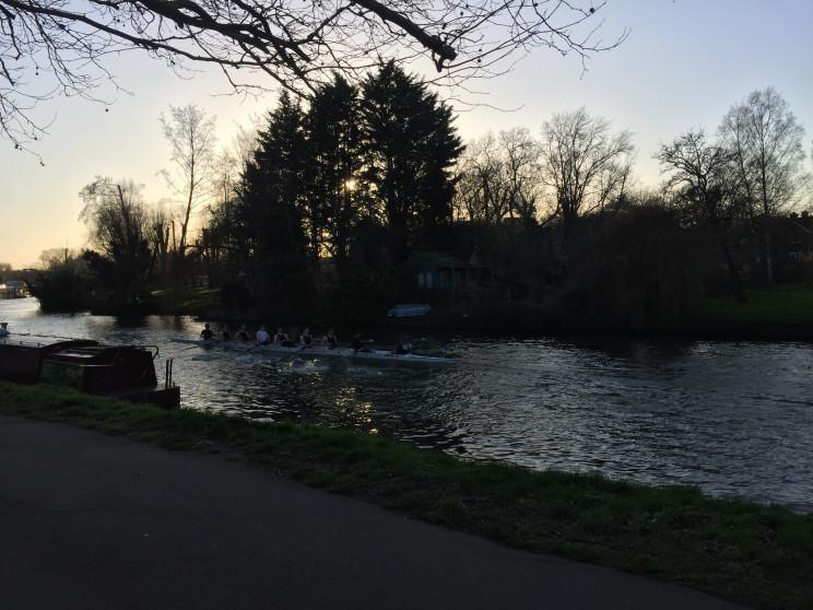 river cam, rowing team in cambridge