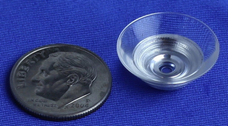 Scientists create contact lenses that zoom on command