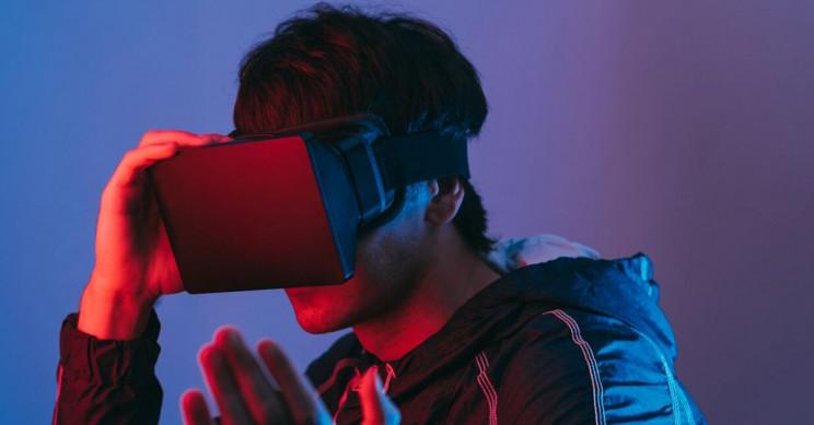 Developer Gets Eye Convergence Problem After Prolonged VR Usage