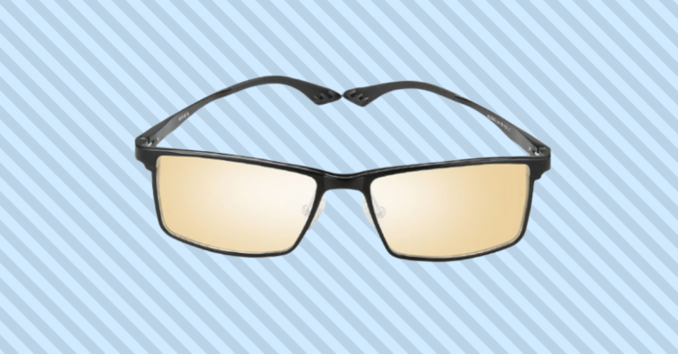 Protect Your Eyes From Macular Degeneration with These Blue Light Glasses