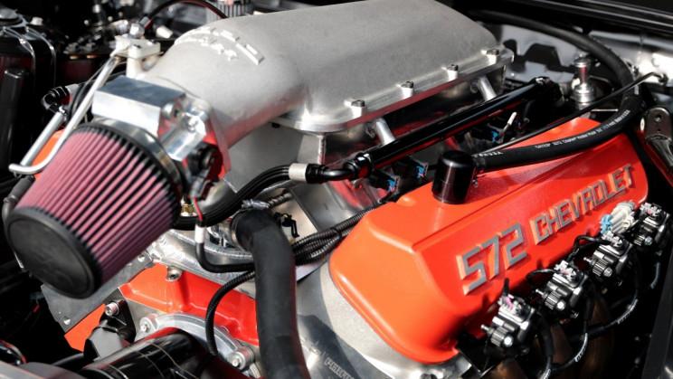 572 Cubic Inch Big Block V-8 Engine