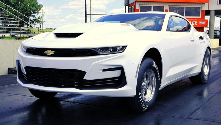 A New Camaro Has an Engine Too Powerful for Public Roads