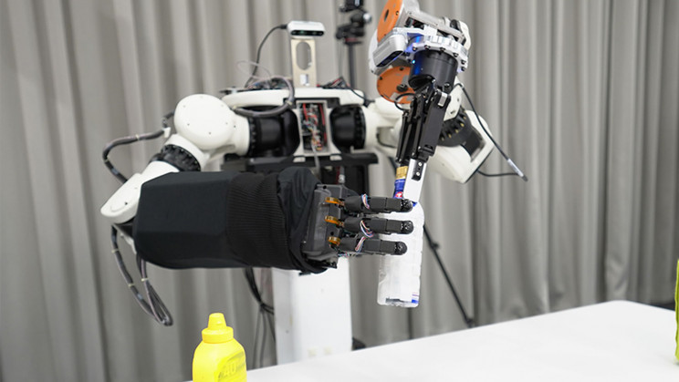 Honda Wants to Build eVTOLs, Avatar Robots, and Help Settle the Moon