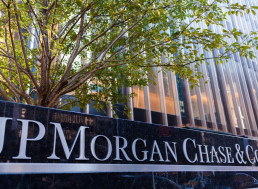 JP Morgan Grants Clients Access to Crypto Products