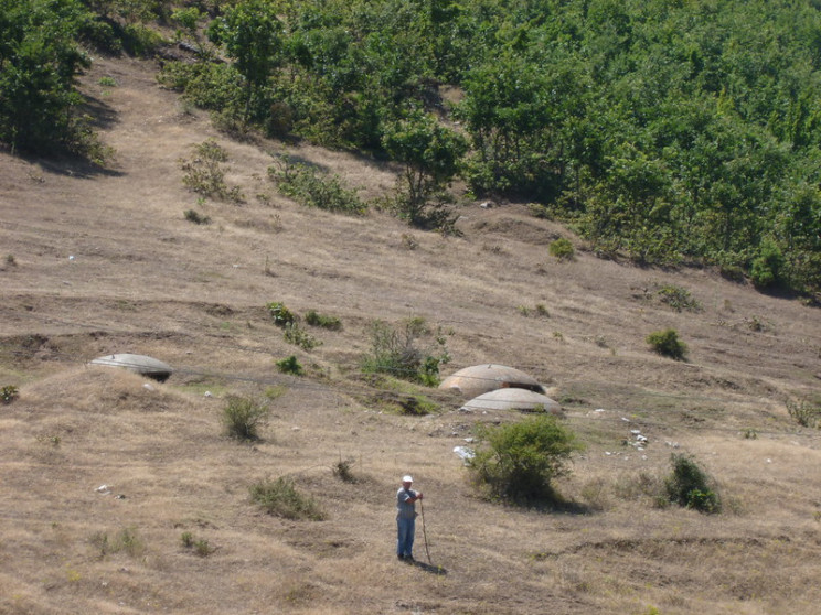 albania bunkers hills