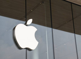 Hack Your Way to a Million Bucks: Apple Offers Big Money in New Bug Bounty Program