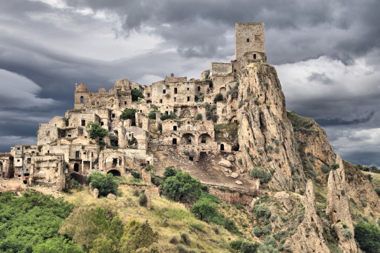 11 of the World's Most Famous Abandoned Cities
