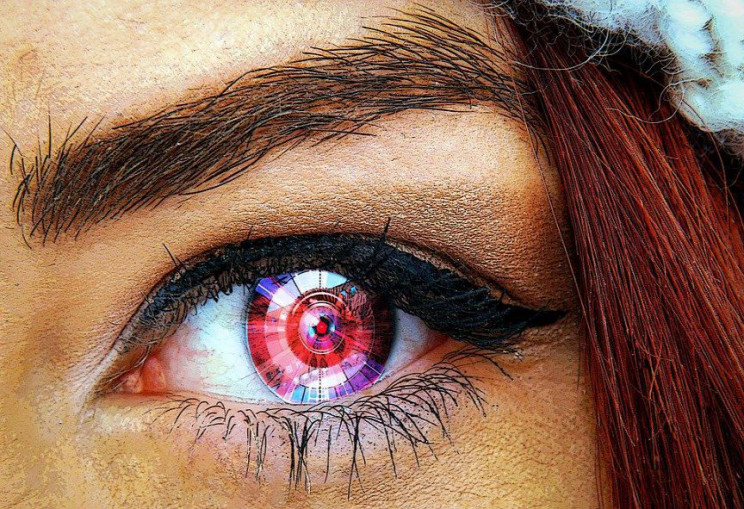 inventions of the future contact lenses