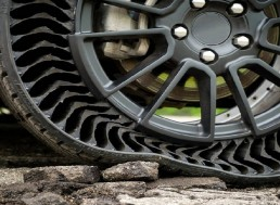 Puncture-Proof Tires Revealed by GM and Michelin