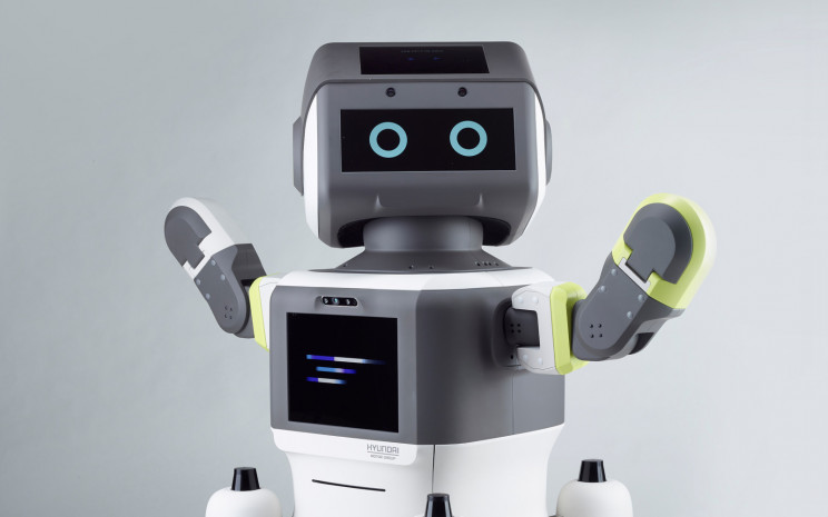 Hyundai Pilots Its AI-Powered Automated Customer Service Robot, and Its Adorable