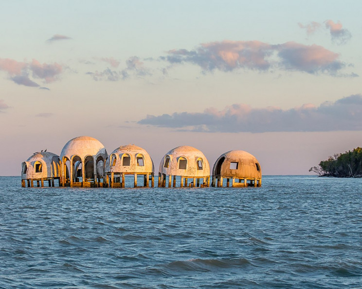 dystopian failed projects dome homes