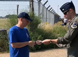 Aviation Enthusiast Spots Malfunctioning F-15, Saves Pilot From Deadly Disaster