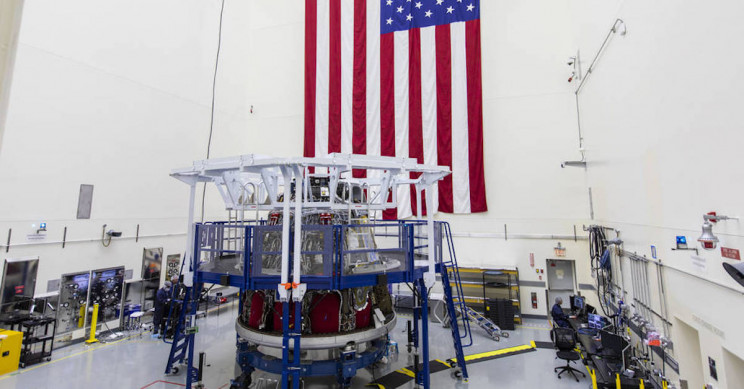 NASA chief set to tour SpaceX factory