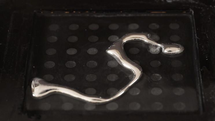 Shape Shifting Liquid Metal Could Revolutionize Robotics