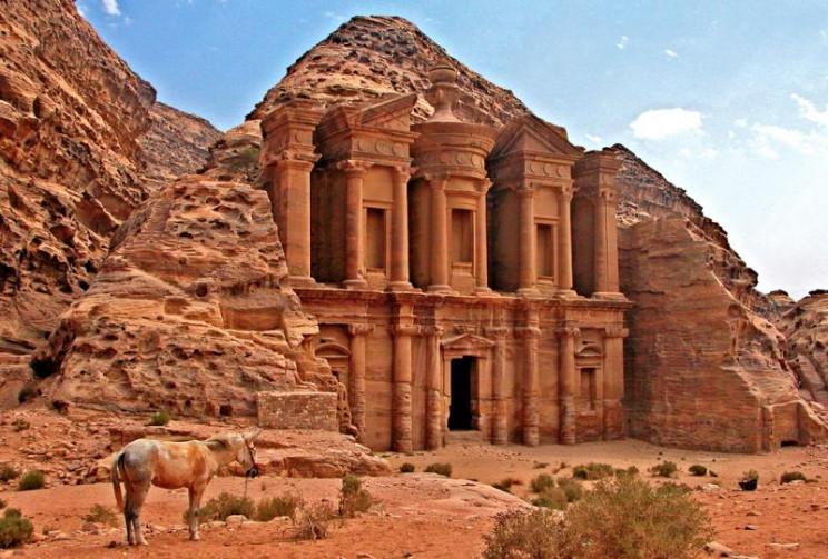 ancient cave structures petra