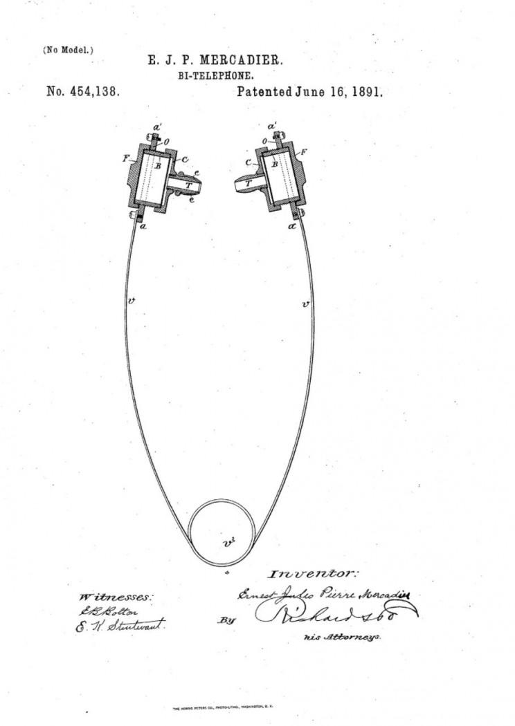 history of headphones earbuds mercadier